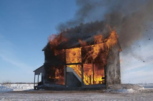 tumblr_p85y17m9G41qz6f9yo1_500 Burning down the house, Heather Benning Random