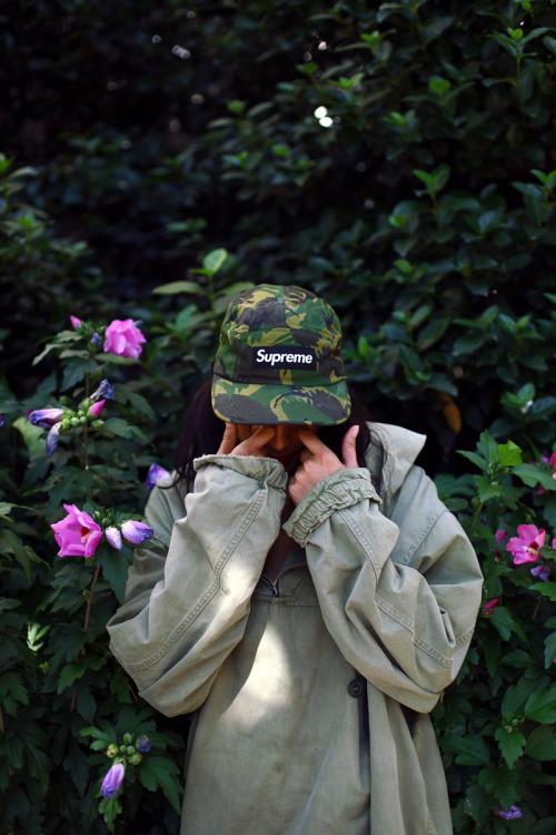 Huf Wallpaper Girl Vintage Clothes On Tumblr