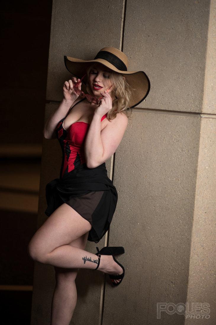 Harley's Holiday by eatsleepbroadway  More Hot Cosplay: http://hotcosplaychicks.tumblr.com NSFW Content: https://www.patreon.com/hotcosplaychicksChat Room: https://discord.gg/rnaDPNqfacebook: https://www.facebook.com/hotcosplaychicks