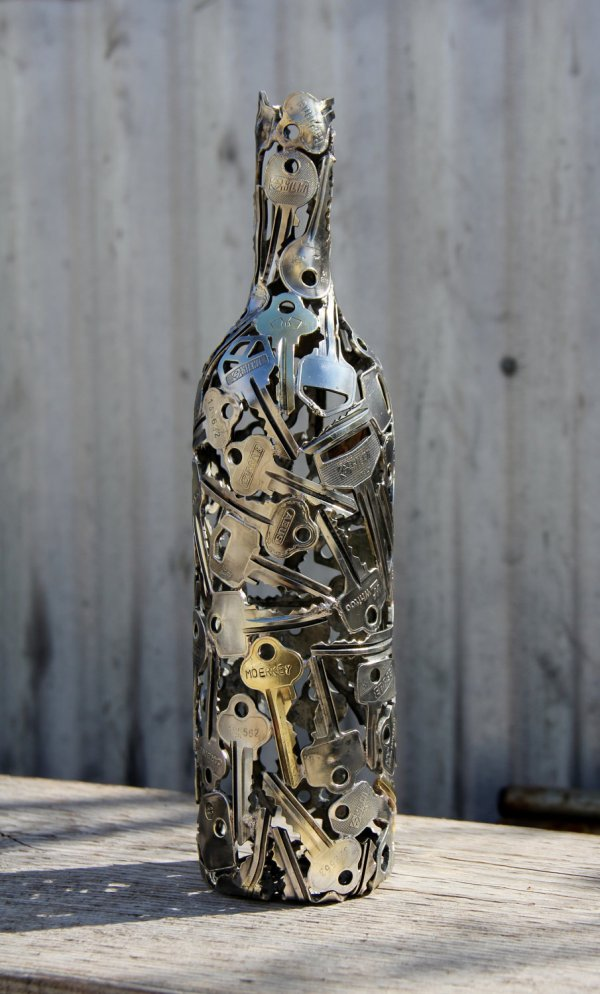 Key Wine Bottle Art