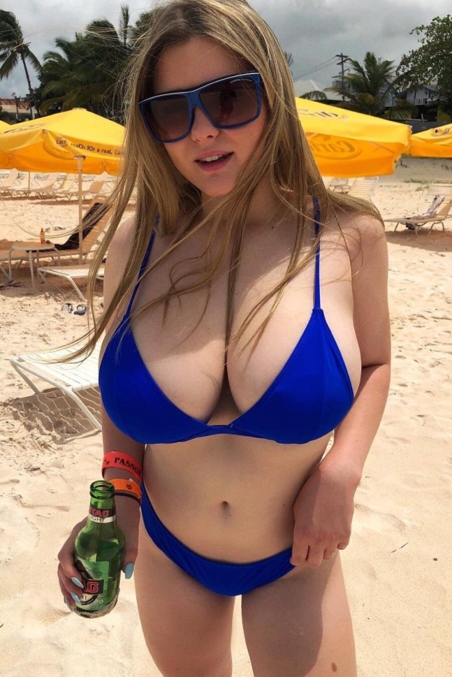 Boobs on Instagram • Photos and Videos
