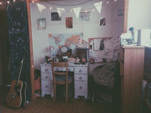 grunge room ideas