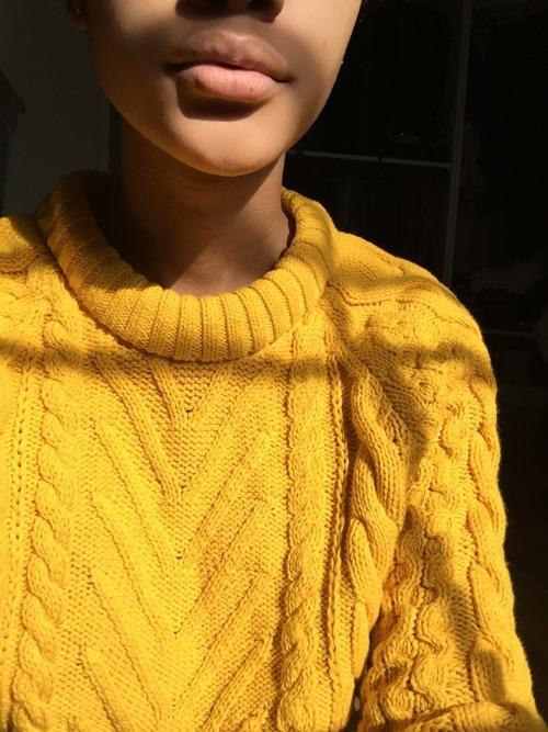 Grunge Girl Wallpaper Knit Sweater On Tumblr