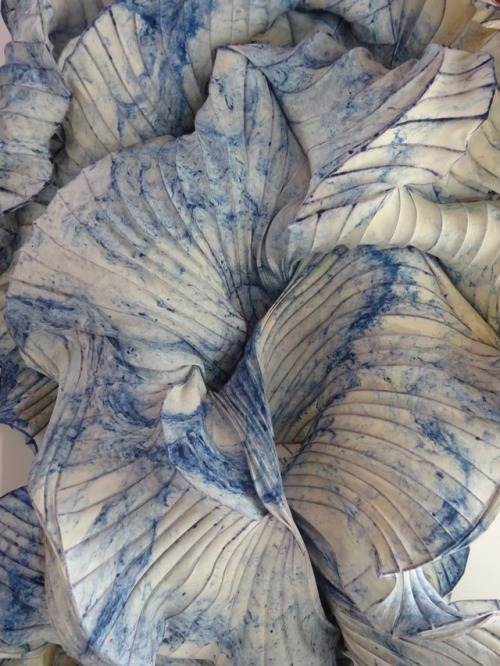 Paper-Artist: Peter Gentenaar Peter Gentenaar from the Netherlands has melded the world of printmaking and sculpture into a natural and elegant form. A single sheet of handmade paper formed into natures most intricate and elaborate dynamics to create...