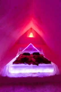 Arctic Snowhotel & Glass Igloos - Finland . Luxury