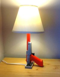 Unconsumption  fuckyeahupcycle: Nintendo Zapper lamp A...