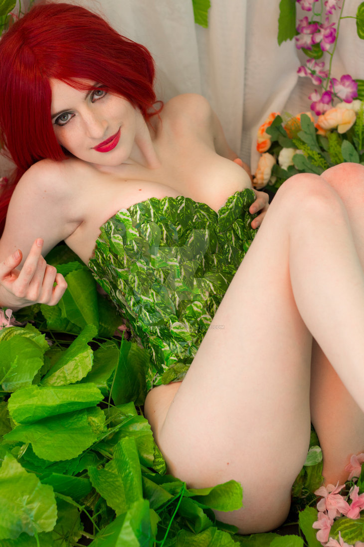 Poison Ivy by AgosAshford  More Hot Cosplay: http://hotcosplaychicks.tumblr.com Get Exclusive Content: https://www.patreon.com/hotcosplaychicks