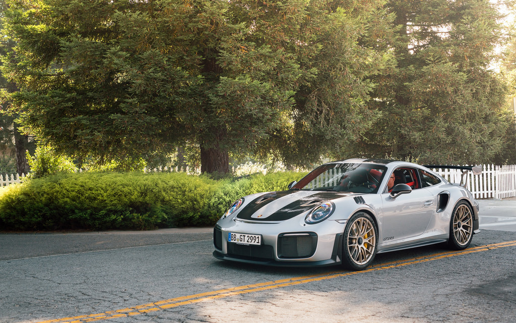 1 2019 New Style Porsche 911 License Plate Light Hella # 1 C#111 Elegant In Style
