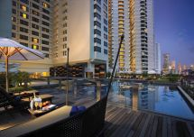 Hotel Gurney - Malaysia Overlooking Lively