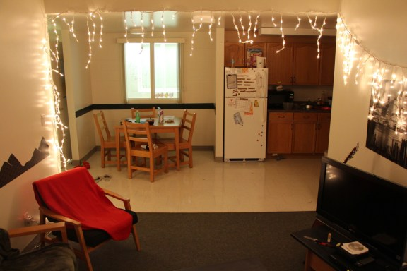 Here's what you need to know about University of Waterloo dorms!