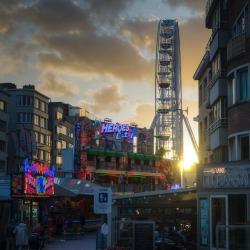#belgie #belgian #belgium #belgique #ferriswheel #sunset #fair #clouds (bij Oostende, West-Vlaanderen, Belgium)
