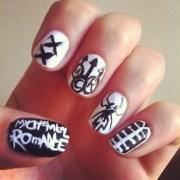 band nail art