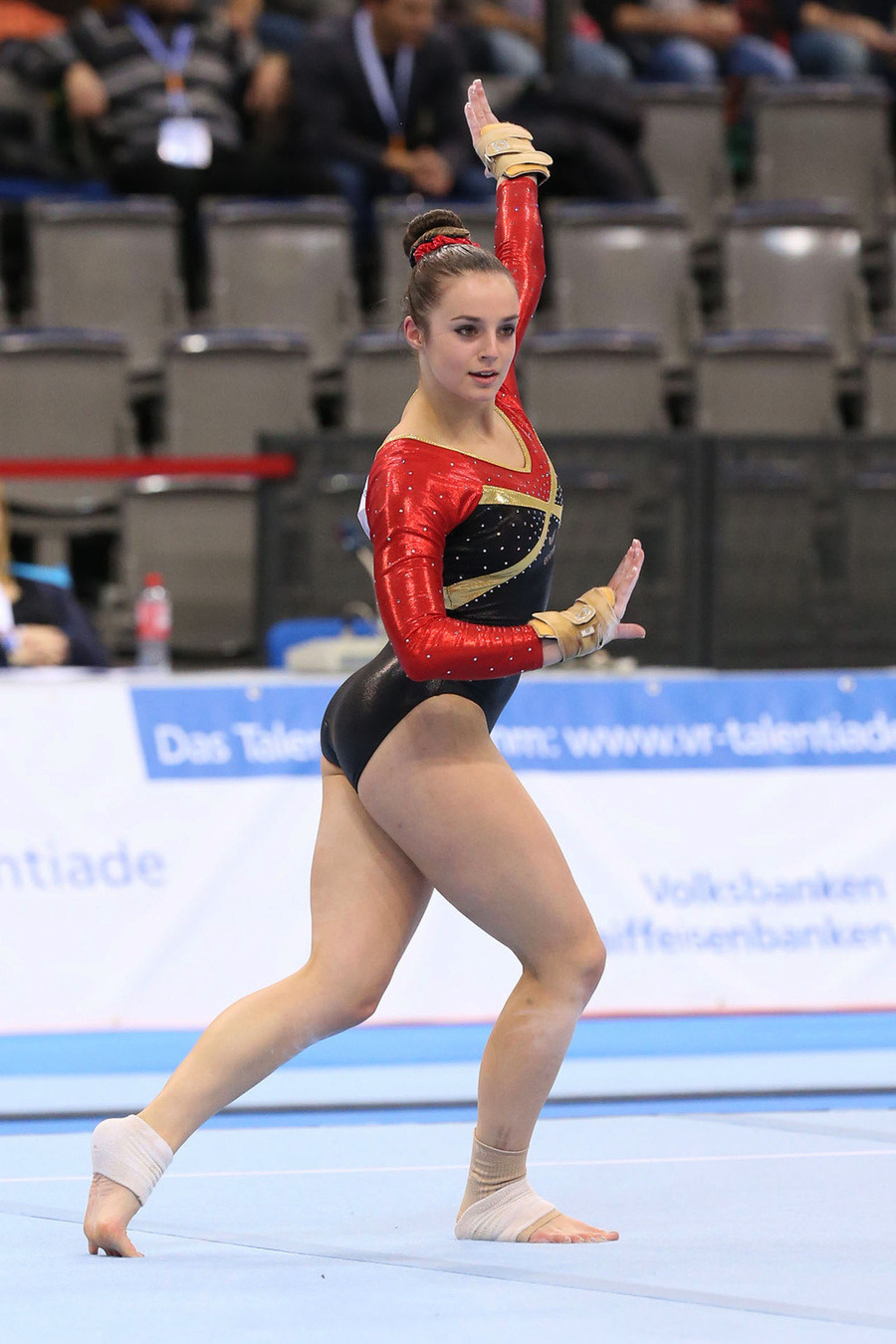 Yelena Shushunova 2x Olympic champion (all-around, team)