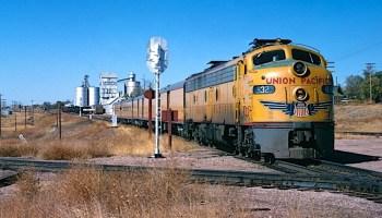 Rocky Mountain Rocket – Trains