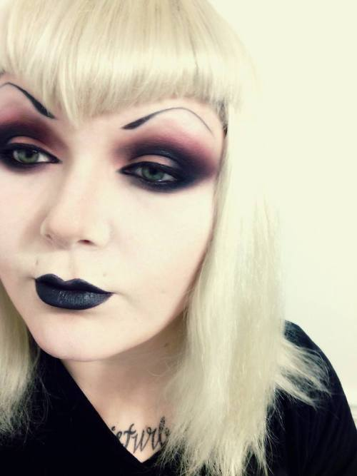 Drawn Eyebrows On Tumblr