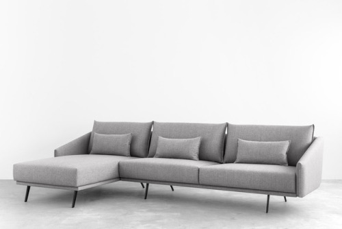 tumblr_p2c4dfXmK91qfx0suo1_500 stua:  STUA Costura settee with chaiselongue may also be reconfigured... Contemporary