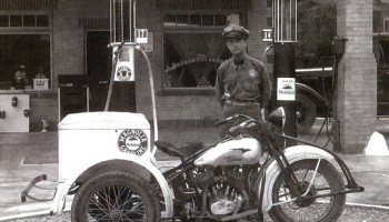 a2a30f12fbcf Pictures of the first Harley-Davidson Servi-Cars from the 1930s.