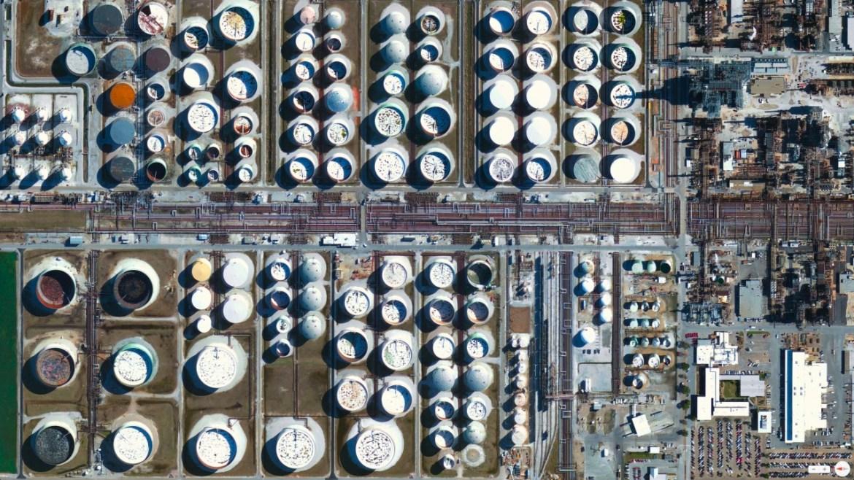 Chevron Oil Refinery Pascagoula, Mississippi 30°21′49″N 88°32′31″W