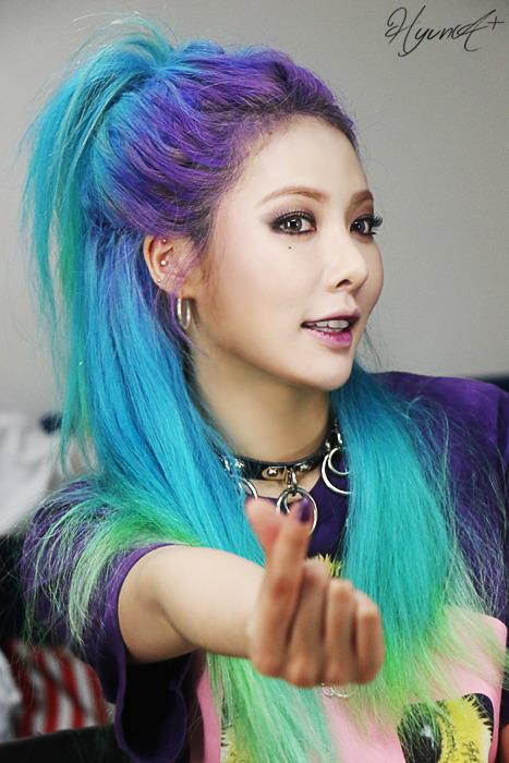 Cute White Cat Wallpaper Hyuna Blue Hair Tumblr