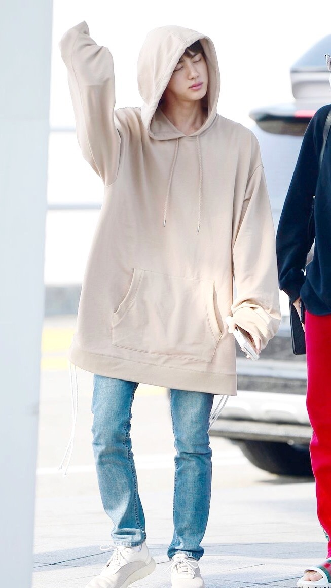Cute Fashion Girl Wallpapers Bts Wallpapers Bts Jin Airport Fashion Hoodie