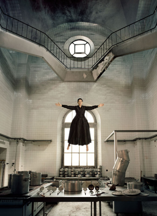 tumblr_pd8secZ54n1qfc4xho1_500 Marina Abramović, Levitation of Saint Teresa, 2010 Lia Rumma... Contemporary