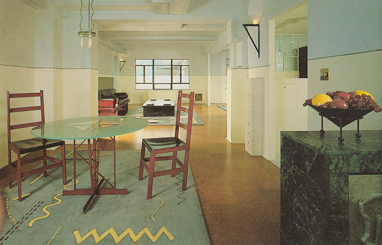 geometric rugs with frosted glass dining table