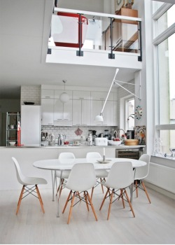 micasaessucasa:Classical Scandinavian House With A Mid-Century Touch