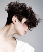 short cropped curly hairstyles