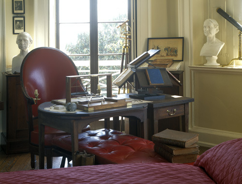 revolving chair for study mid century modern desk target decoration – ancient & — house of details: jefferson's monticello