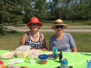 Maureen and Ruth at the picnic.