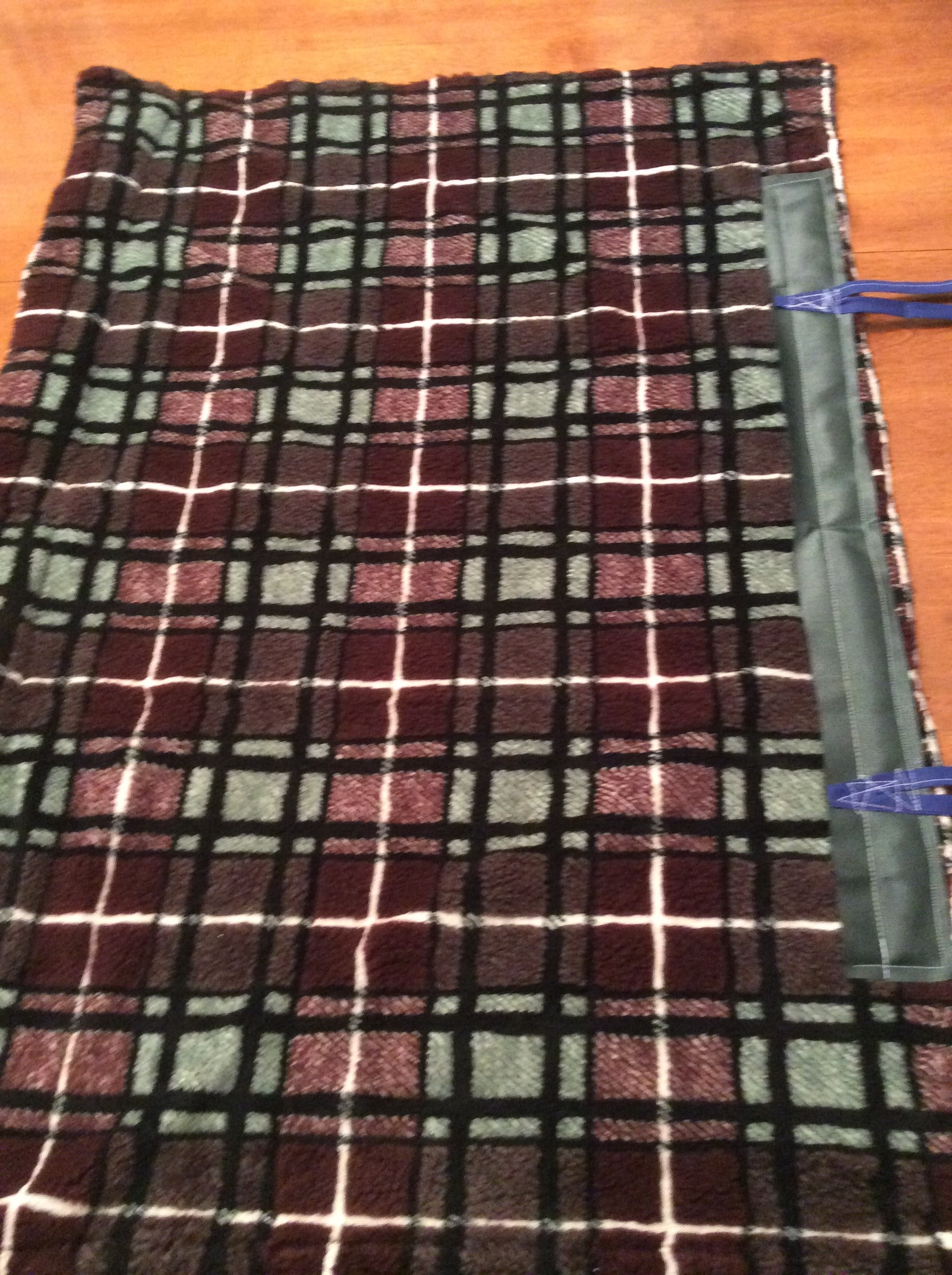 Make your own golf car seat cover fleece lining showing where to fasten the ties jeuxipadfo Choice Image