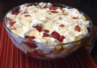 Southern Strawberry Punch Bowl Cake | 78recipes