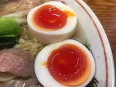 濃厚な半熟卵