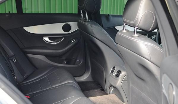 Mercedes-Benz C-Class C300 2.0T - 1