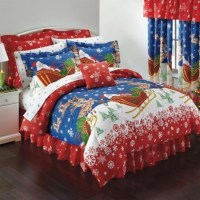 Santa Claus and Reindeer Christmas Themed Queen Comforter