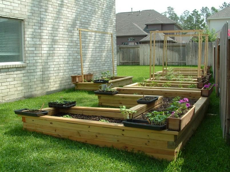 Small Garden With Vegetables Flowers And Fruit 4 Home Ideas