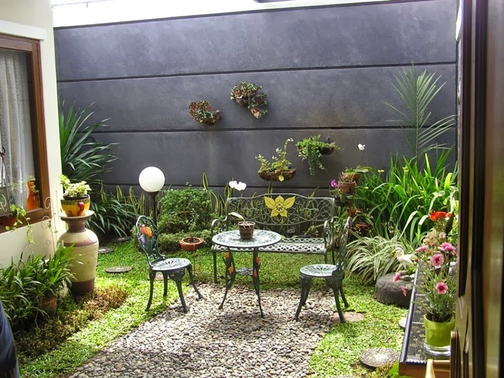 Latest Minimalist Backyard Garden Design Ideas