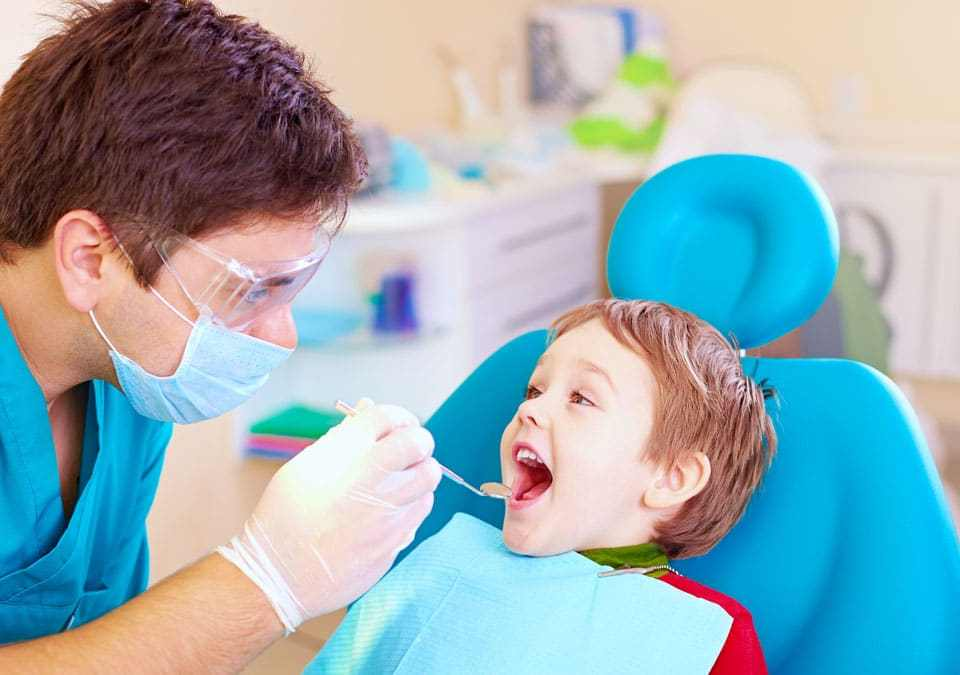 Why Kids Need to Visit Dentist from Small Age and How That Helps in Their Oral Health? kids visiting dentist