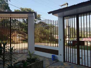 Outside of Hospedaje Casa de Adultos Mayores