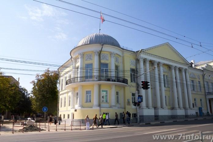 В Рязанской облдуме обсудили обеспеченность местами в яслях и школах
