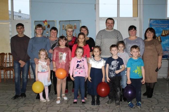 Юных жителей Сасова приглашают на детские дискотеки