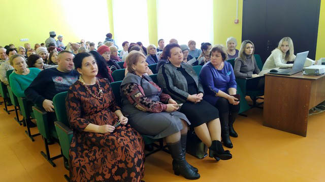 Елена Митина посетила Бобровинский сельский Дом культуры