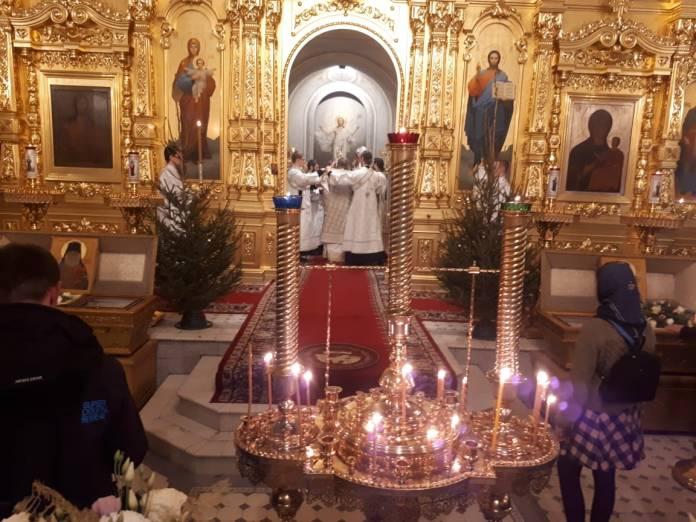 Опубликованы фотографии празднования Рождества в главном храме Рязани