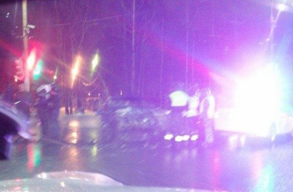 Соцсети: на улице Есенина в Рязани произошло серьёзное ДТП, работала реанимация