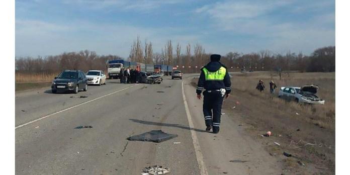 Трое погибли в автокатастрофе под Ростовом