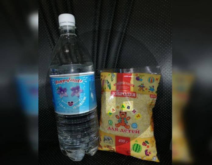 Просроченный лимонад и макароны выдали омским школьникам за отличную учебу