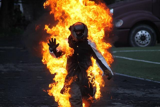Рязанец пытался сжечь заживо гостя