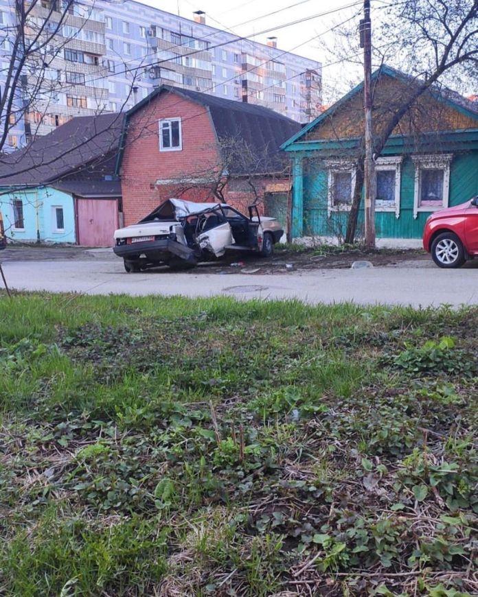 В Рязани «девяносто девятая» попала в серьезное ДТП