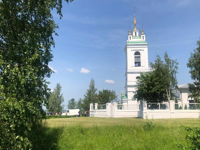 Отпевать Сергея Захарова будут в храме, где крестили поэта Есенина
