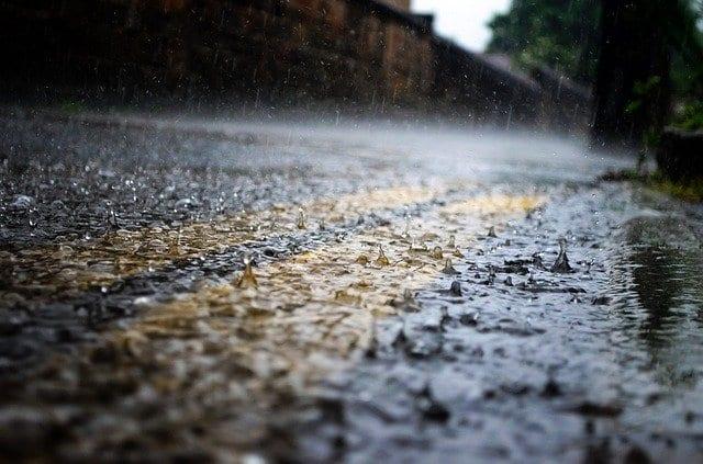 Гроза с дождем ожидаются в Смоленской области в субботу